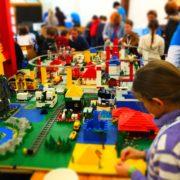 Foto eines Meisterwerks aus den vergagenen Lego-Bautagen in der Freien evangelischen Gemeinde in Mannheim